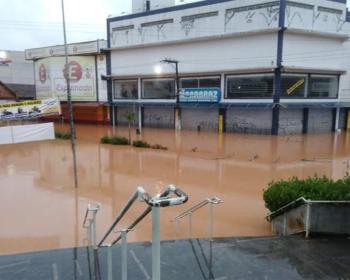 Enchente em Franco da Rocha