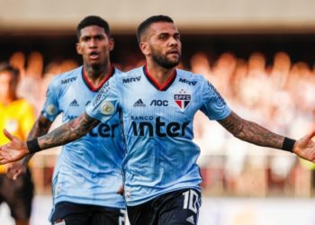 Daniel Alves no São Paulo